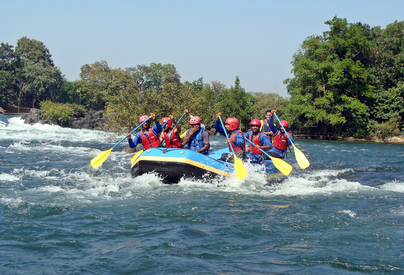 river rafting facilities in India