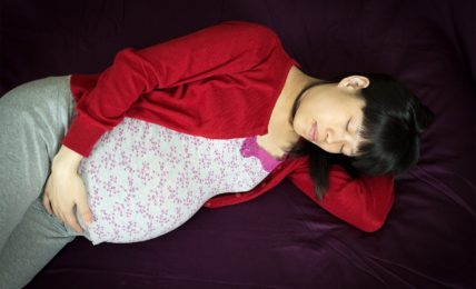 how to sleep when you are pregnant