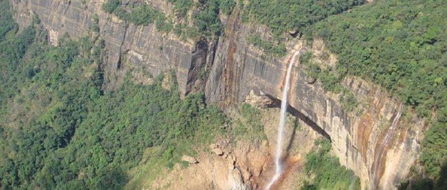 Nohkalikai Falls near Shillong