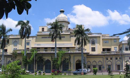 kaiserbagh palace lucknow