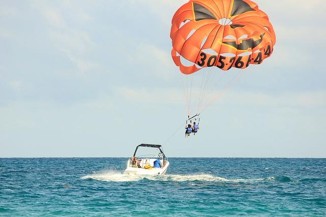 parasailing Miami